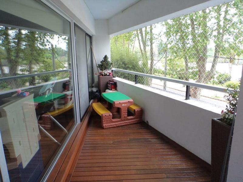 lencke vende - excel. depto vista al rio c/2 cocheras, pileta, seguridad, edificio de categoria