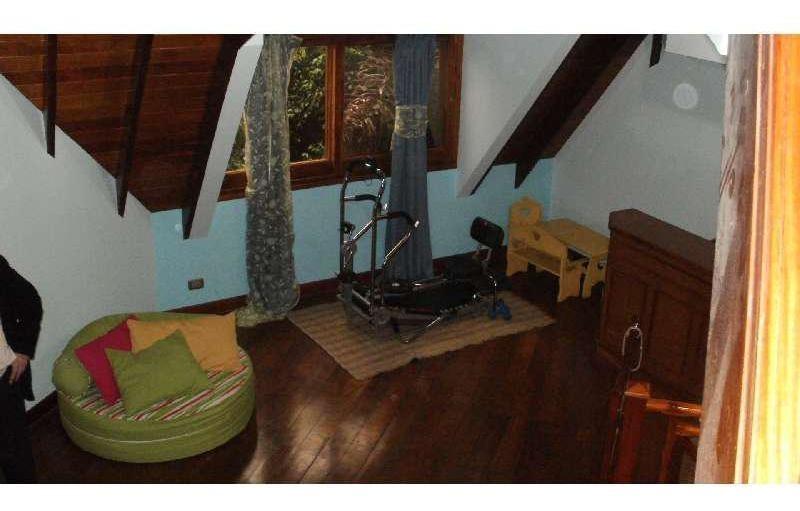 lencke vende - muy buena casa en boat center, gran frente al canal, con amarra