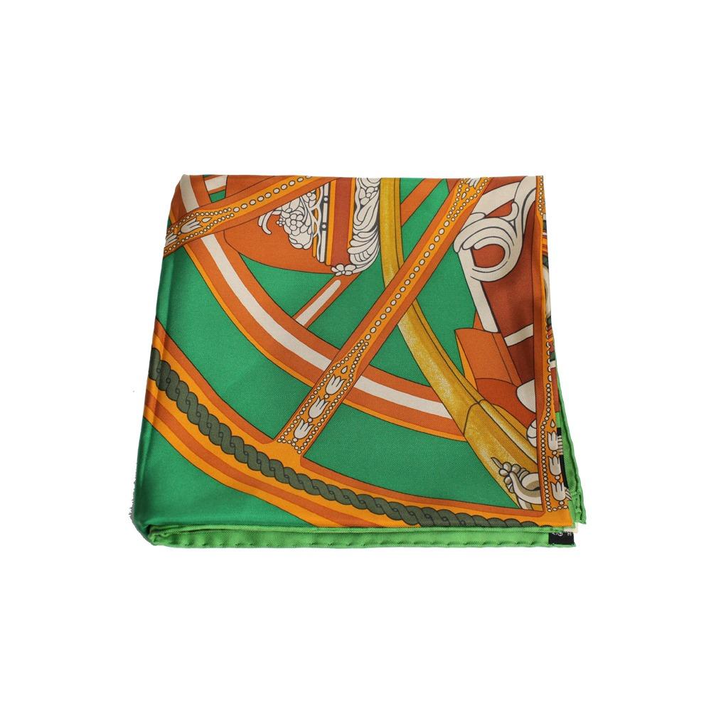 lenço hermes carre twill de seda 90 verde e laranja hermes. Carregando zoom. c32bc2eb5d3