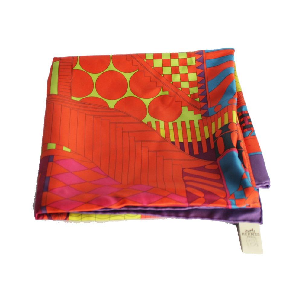 8519e97d136 lenço hermes seda colorido hermes. Carregando zoom.