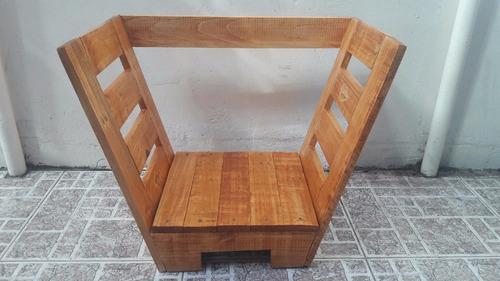 leñero de madera de pallet