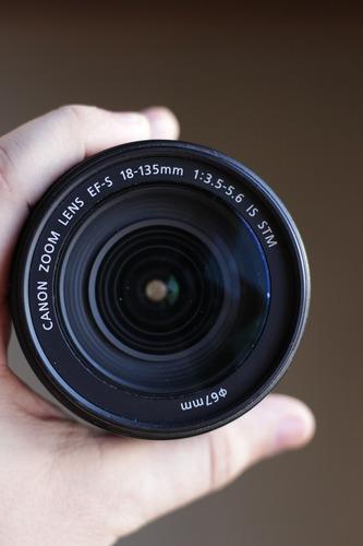 lente canon 18-135mm f/3.5-5.6 stm is