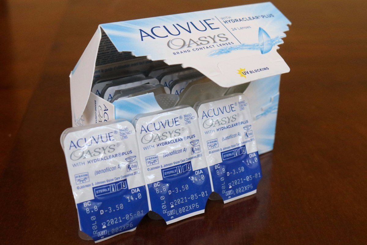 25e546fb14fcf Lente De Contato Acuvue Oasys - 6 Pares - R  185,00 em Mercado Livre
