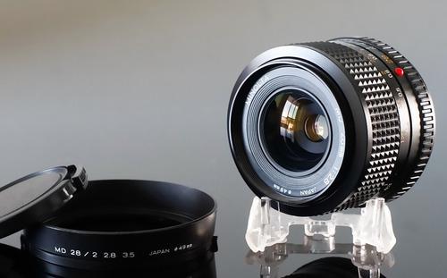 lente minolta md 28mm f2.8 + adaptador para sony nex\e-mount