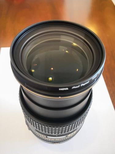 lente nikkor 24-120, f/4g, formato fx, aro dorado pata negra