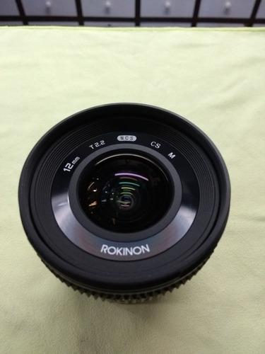 lente rokinon para canon m5 y m6. 12 mm, 2.2. excelente esta