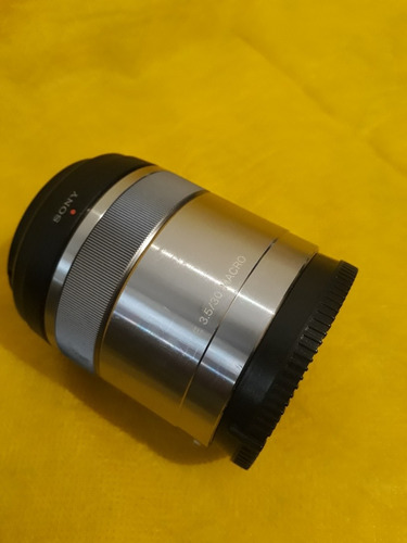 lente sony e-mount 30mm macro - usado