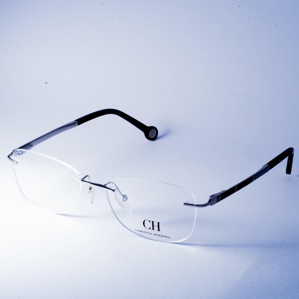 65a43960ec lentes armazon oftalmico original negro 85 carolina herrera. Cargando zoom.