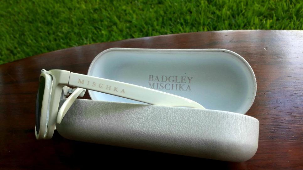 3dee0efe11b3 Lentes Badgley Mischka Blancos Flipper Y Estuche Originales ...