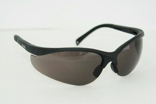 lentes de seguridad modelo avispa claros y oscuros