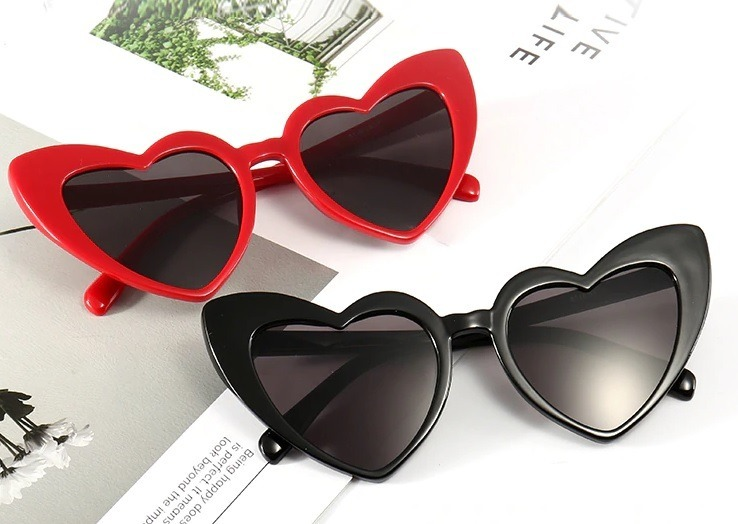 fbb6584d46 Lentes Gafas De Sol Uv400 Forma De Corazon Para Mujer - $ 300.00 en ...