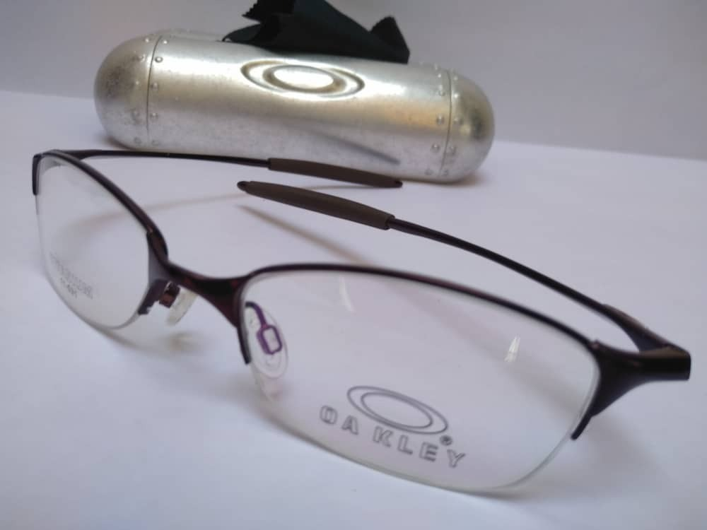 24dc456f45 Lentes, Monturas Oakley (piezas Unicas) Tienda Fisica - Bs. 268.900 ...