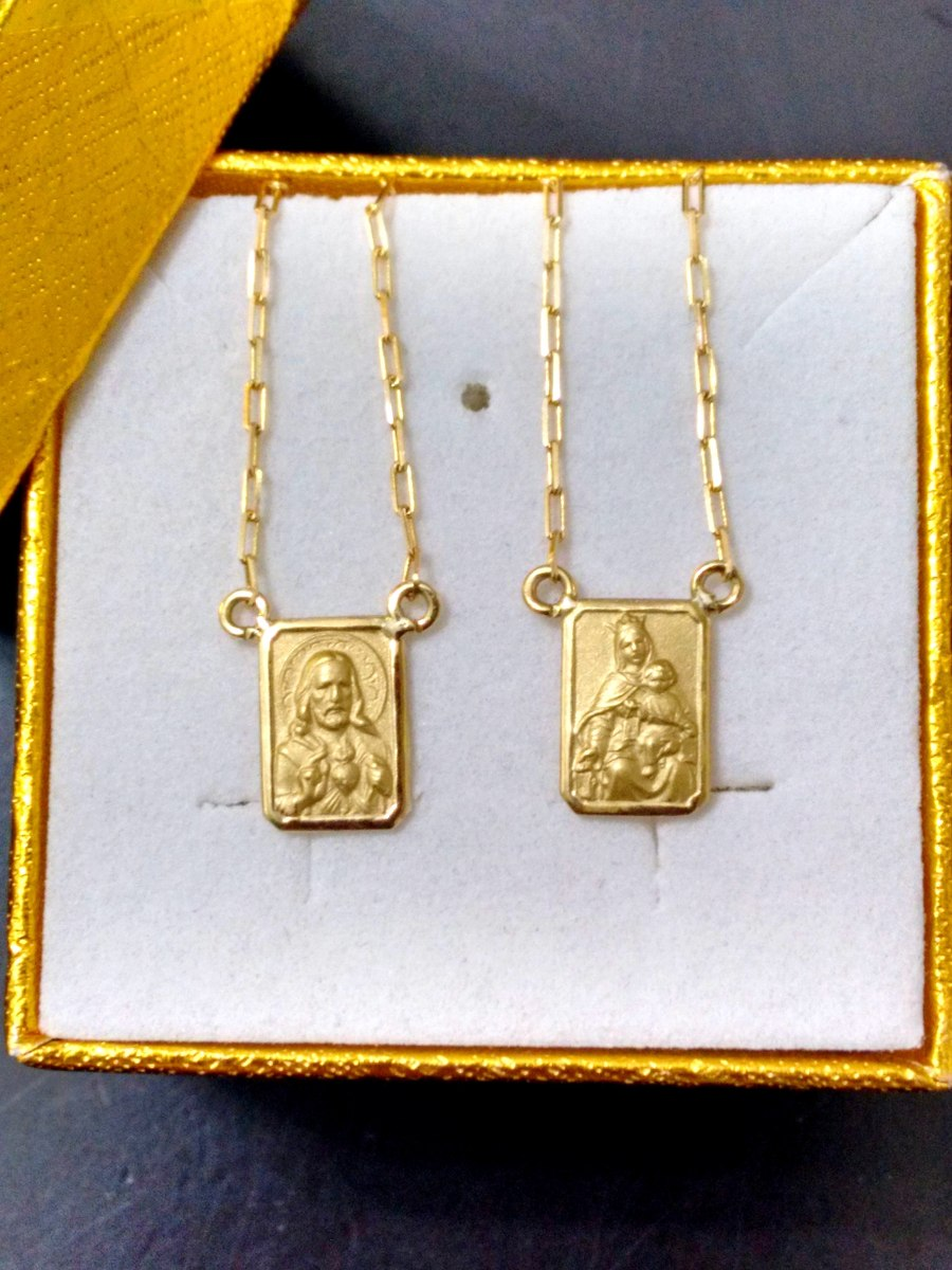 leão jóias escapulário ouro 2,1gr pequeno imagens perfeitas. Carregando  zoom. 28b88bbfb1