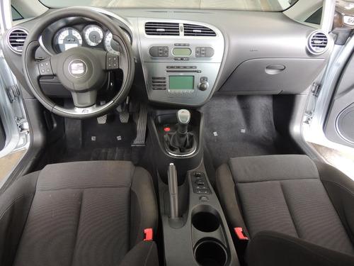 leon auto seat