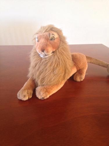 león de peluche con sonido de rugido angel toys