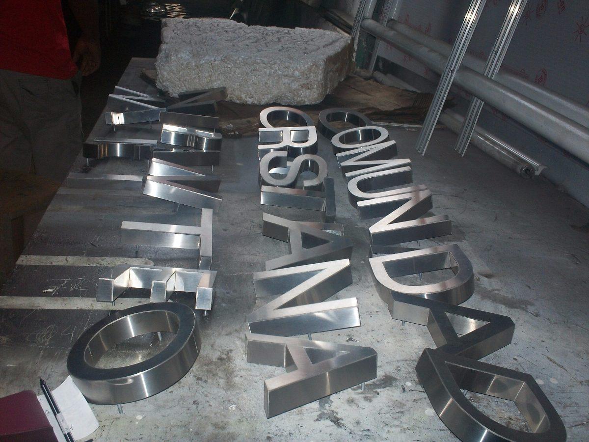 Letras corporeas acero bronce acrilico hierro caracas - Letras de hierro ...