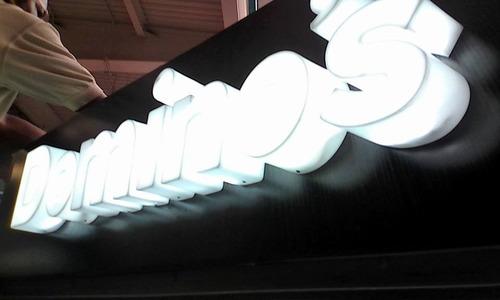 letras corporeas en acero,galvanizado,acrilico y neon