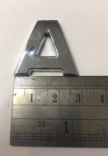 letras cromadas 3d con autoadhesivo ekoauto peru