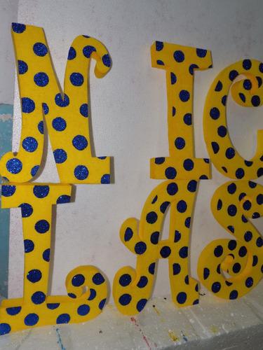 letras de 40cm personalizada con los colores de los minnions