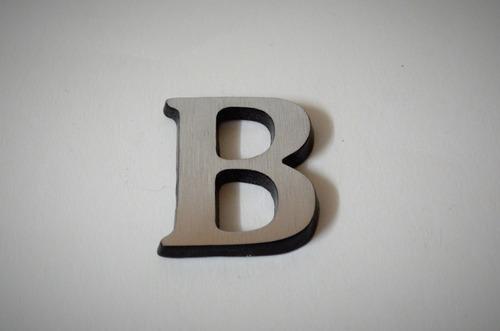 letras de aluminio estilo curvo 5.5 x 3.5 cm