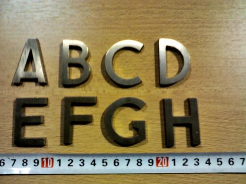 letras de bronce de excelente calidad - sin uso