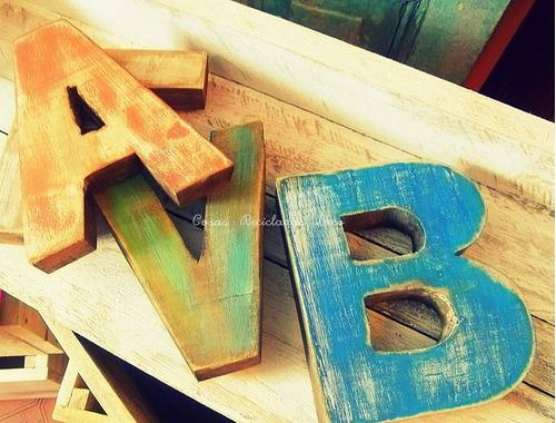 letras de madera recuperada - 100% reciclada artesanales