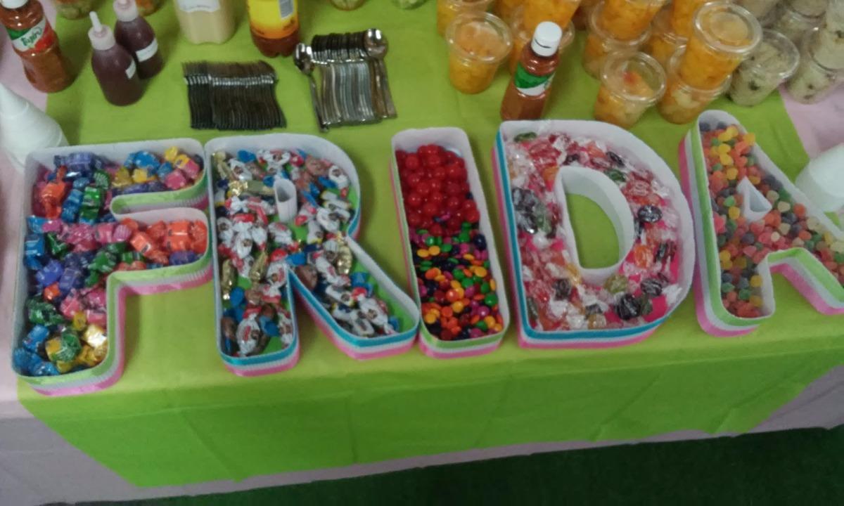 Letras decorativas o plato contenedor para mesas de dulces for Platos dulces