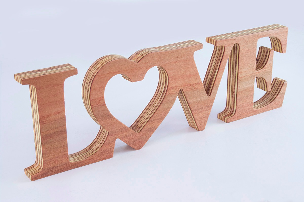 Letras decorativas texto love en madera en for Zapateras decorativas en madera