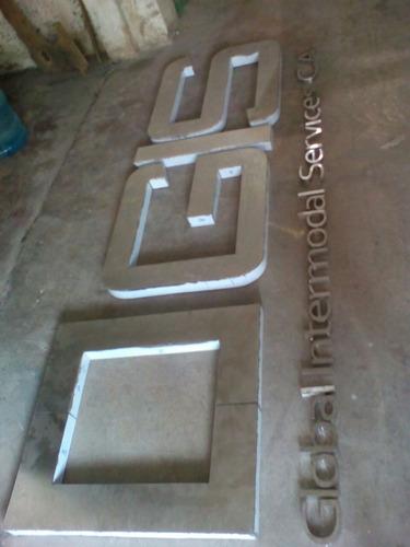 letras  en acero inoxidable, metal pintado, acrilico y mdf