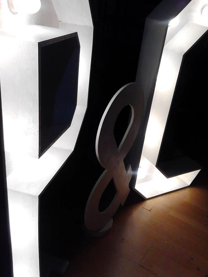 Letras Gigantes Para Eventos Juego De Iniciales 2 300 00 En