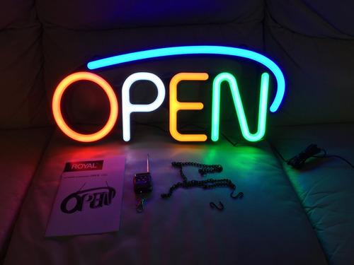 letrero anuncio open de neon led marca royal destellante