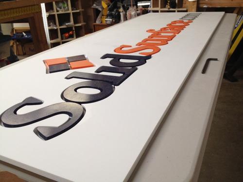 letreros corporativos letras en volumen