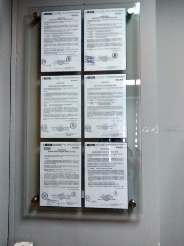 letreros de vidrio