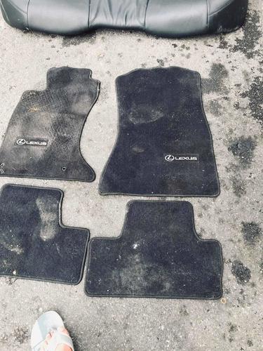 lexu  is 250 asiento como nuevo negros y arfombra