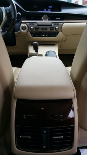 lexus es350 limousine