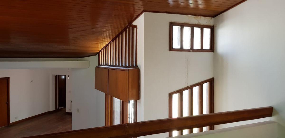 libertador al río. casa 6 ambientes con pileta en el bajo de beccar