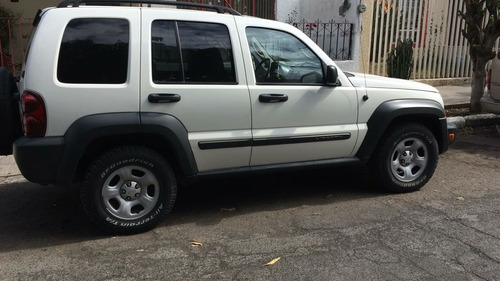 liberty aut. jeep