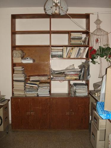 librero escritorio vertical, totalmente de madera