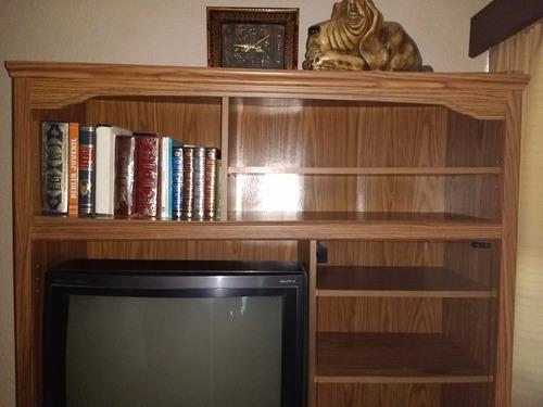 librero siete secciones con puertas y vidrios torreón laguna
