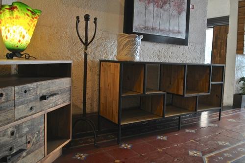 librero/cómoda palets horizontal con hierro forjado