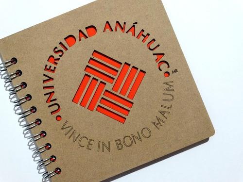 libreta madera corte láser escudo universidad anáhuac