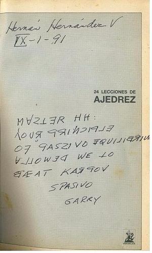 libro, 24 lecciones de ajedrez garri kasparov autografiado.