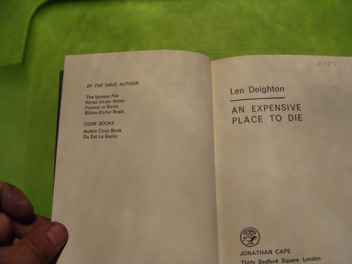 libro an expensive place to die , len deighton  , 253 pagina