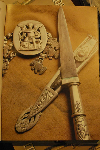 libro de cuchillos  facones plateria criolla
