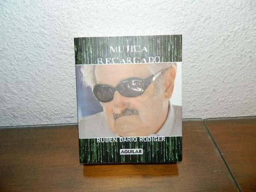 libro de mujica