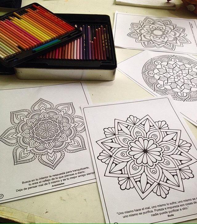 Libro Para Colorear Y Crear Mandalas Descargable (pdf) - Bs. 0,30 en ...
