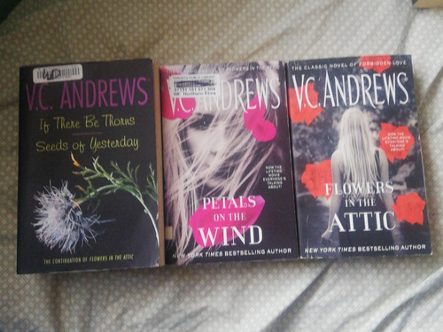 libros en inglés flores en el ático de vc andrews