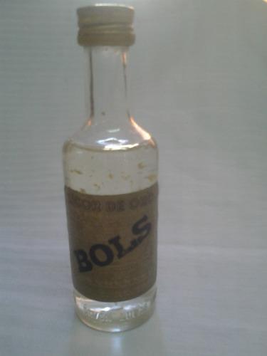 licor de oro bols miniatura con pepitas de oro