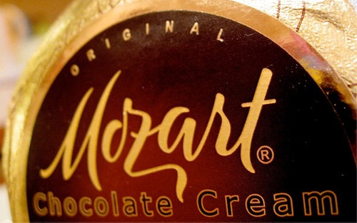 licor mozart chocolate cream 700ml premium liqueur