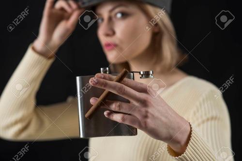 licorera carterita acero inox. con embudo tienda ccs y mcy